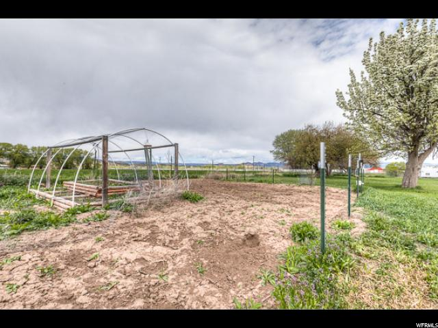 Additional photo for property listing at 1847 N 3000 W 1847 N 3000 W Vernal, Utah 84078 United States