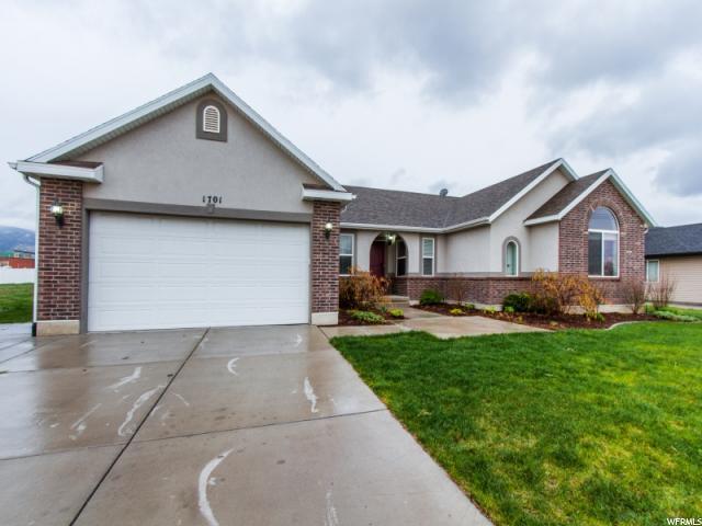 单亲家庭 为 销售 在 1701 S 1100 W Woods Cross, 犹他州 84087 美国