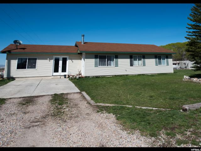 Single Family for Sale at 190 W 300 N Levan, Utah 84639 United States