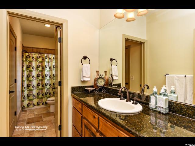Additional photo for property listing at 2293 MALAGA Avenue 2293 MALAGA Avenue Santa Clara, Utah 84765 Estados Unidos