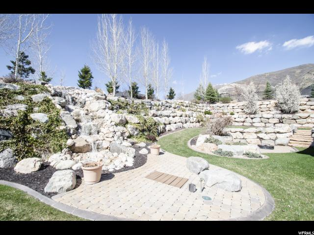 2092 E HAMPTON CIR Ogden, UT 84403 - MLS #: 1439876