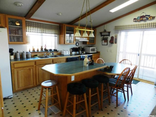 Additional photo for property listing at 2690 S DRIVER Circle  Garden City, Utah 84028 États-Unis