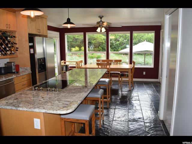 Additional photo for property listing at 1972 E 12200 S 1972 E 12200 S Draper, Юта 84020 Соединенные Штаты
