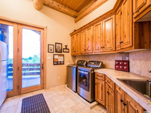 Additional photo for property listing at 102 S ASPEN Drive 102 S ASPEN Drive Mapleton, Utah 84664 États-Unis