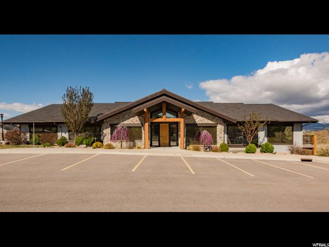 Commercial for Sale at 1188 W 10400 S South Jordan, Utah 84095 United States