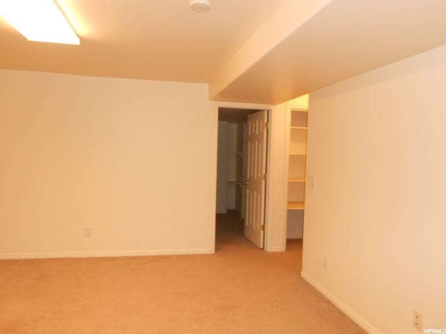 Additional photo for property listing at 140 N CEDAR HILLS Drive 140 N CEDAR HILLS Drive Unit: 1D Price, 犹他州 84501 美国