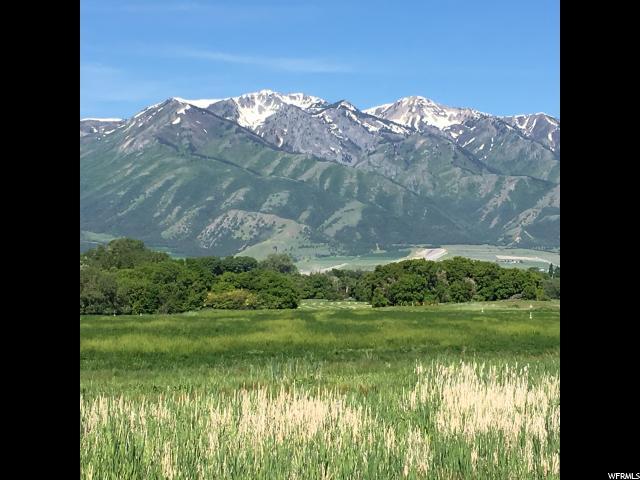 Terrain pour l Vente à 85 S 600 W 85 S 600 W Hyrum, Utah 84319 États-Unis