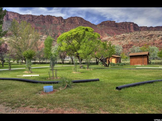 Additional photo for property listing at 396 CASTLE CREEK Lane  Castle Valley, Utah 84532 Estados Unidos