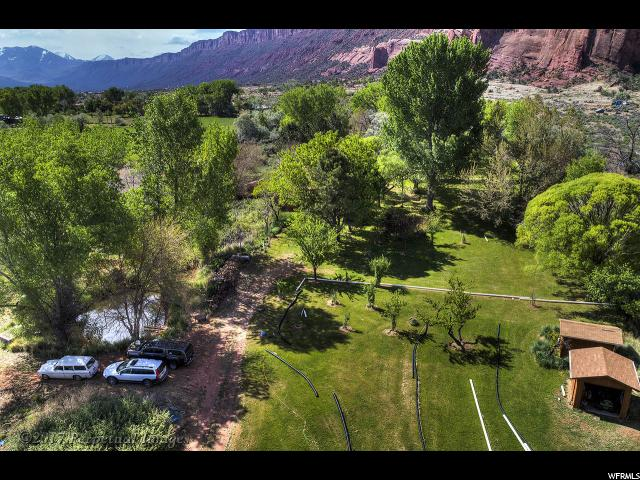 Additional photo for property listing at 396 CASTLE CREEK Lane 396 CASTLE CREEK Lane Castle Valley, Utah 84532 United States