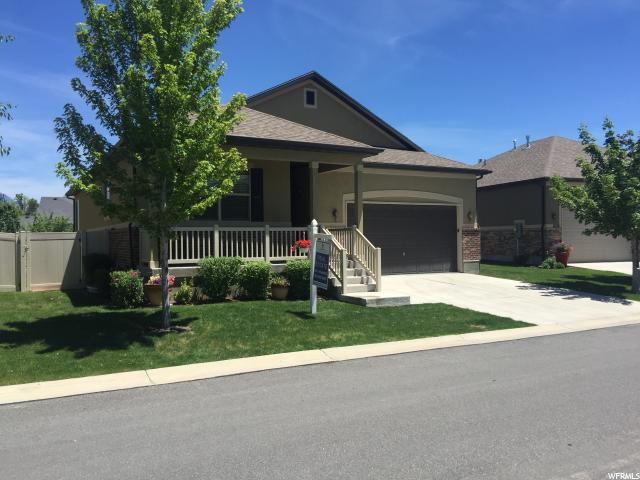 Single Family للـ Sale في 11157 S VILLAGE GROVE Lane South Jordan, Utah 84095 United States