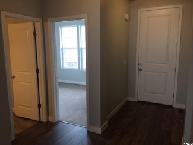 Additional photo for property listing at 7651 S CASSIELLE Lane 7651 S CASSIELLE Lane Unit: 304 West Jordan, Utah 84081 Estados Unidos
