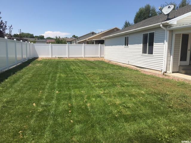Additional photo for property listing at 2355 W 600 N 2355 W 600 N Unit: 32 Maeser, Utah 84078 Estados Unidos