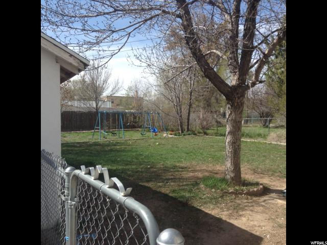 Additional photo for property listing at 456 E 200 N 456 E 200 N Vernal, Utah 84078 United States