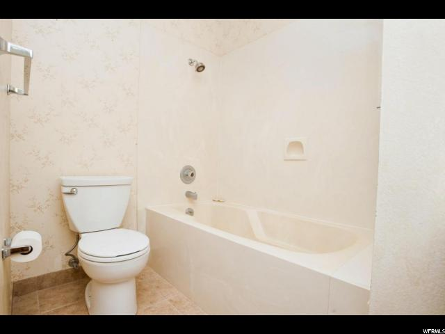 Additional photo for property listing at 687 RIDGE RIM WAY 687 RIDGE RIM WAY 圣乔治, 犹他州 84770 美国