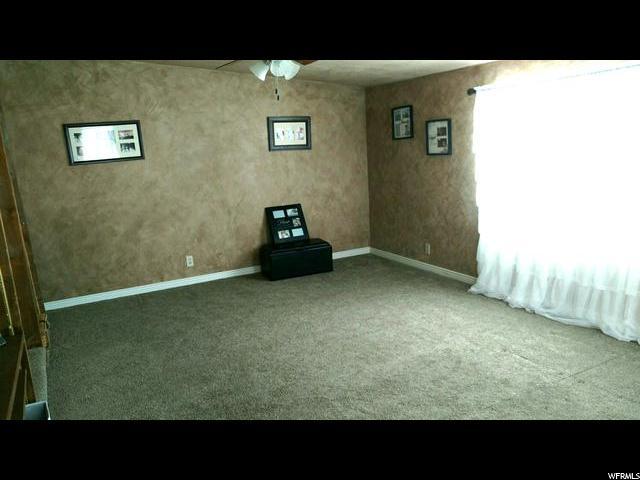Additional photo for property listing at 60 S CENTER Street 60 S CENTER Street Elmo, Utah 84521 États-Unis