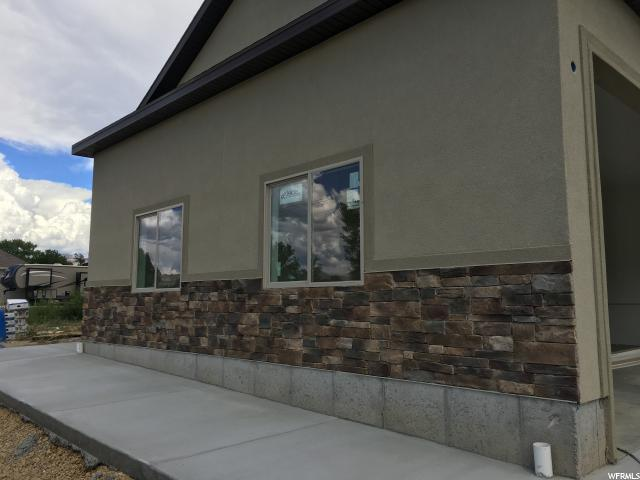 Additional photo for property listing at 1366 N 1250 W 1366 N 1250 W Carbonville, Utah 84501 Estados Unidos