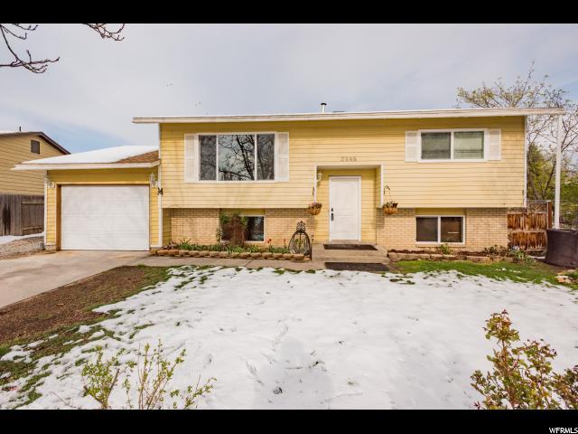 Один семья для того Продажа на 5848 S COPPER CITY Drive Kearns, Юта 84118 Соединенные Штаты