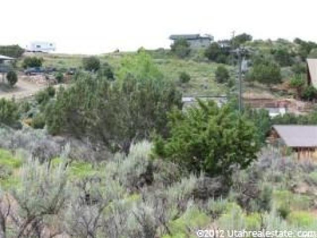 Additional photo for property listing at 2758 E 2580 N 2758 E 2580 N Laketown, 犹他州 84038 美国