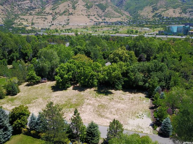 Additional photo for property listing at 6275 S 2710 E 6275 S 2710 E Holladay, Utah 84121 United States
