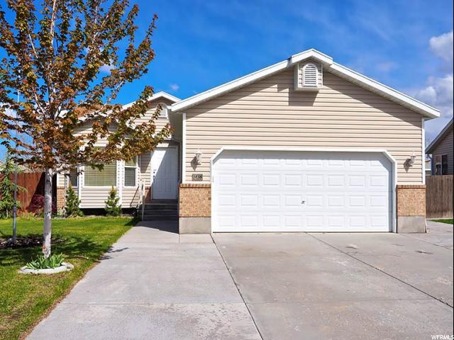 Single Family للـ Sale في 5438 W VISTA RIDGE WAY Kearns, Utah 84118 United States