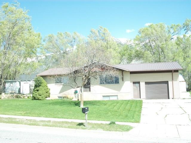 单亲家庭 为 销售 在 6960 N HWY 38 W Honeyville, 犹他州 84314 美国