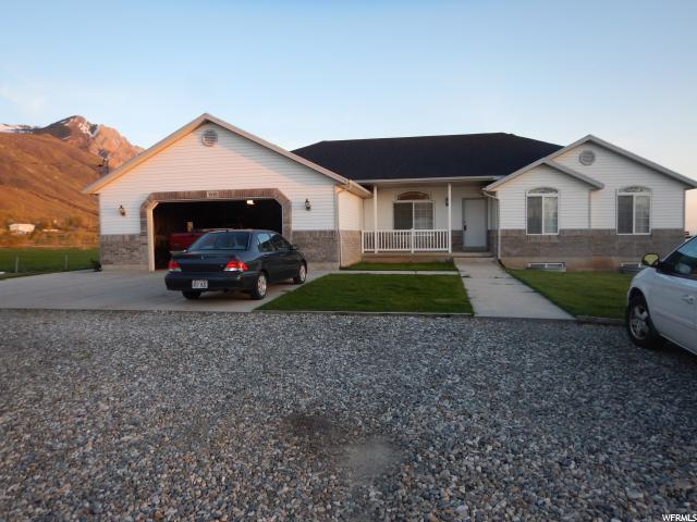 单亲家庭 为 销售 在 1045 W 3600 S Perry, 犹他州 84302 美国