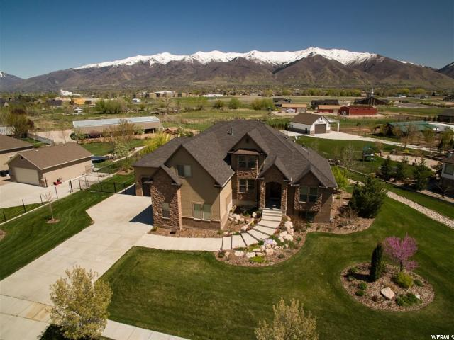 Single Family for Sale at 1037 S ROUECHE Lane Kaysville, Utah 84037 United States