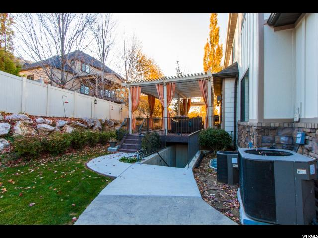 Additional photo for property listing at 2457 E 8240 S 2457 E 8240 S South Weber, Utah 84405 United States