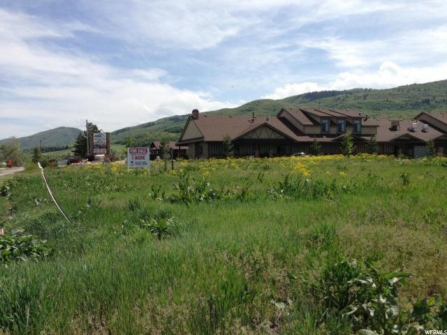 Terrain pour l Vente à 2461 N HIGHWAY 162 2461 N HIGHWAY 162 Eden, Utah 84310 États-Unis