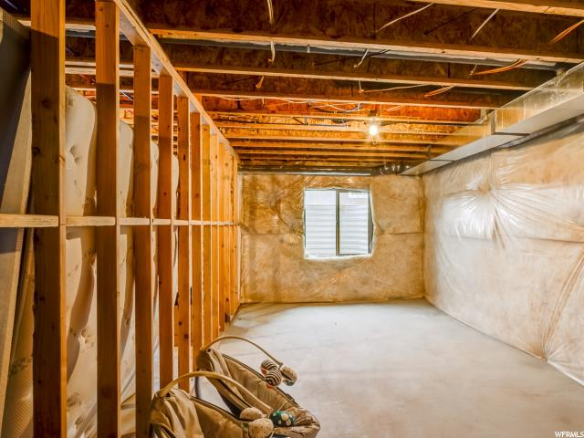 Additional photo for property listing at 311 W 100 N  Lindon, 犹他州 84042 美国