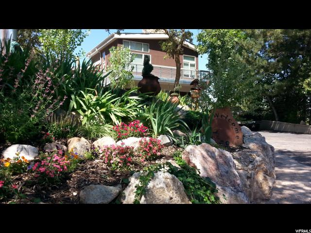 4275 COUNTRY HILLS DR, Ogden UT 84403