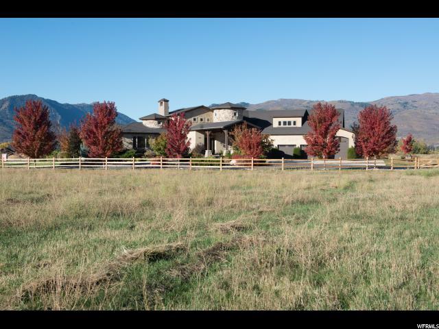 Unifamiliar por un Venta en 6916 E 1325 N Huntsville, Utah 84317 Estados Unidos