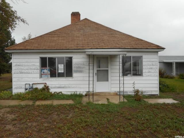 单亲家庭 为 销售 在 170 W MAIN Street Cleveland, 犹他州 84518 美国