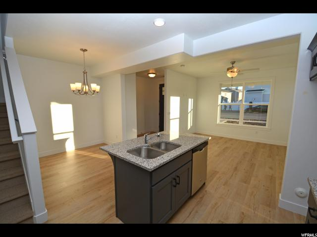 Additional photo for property listing at 5326 W MILLER CROSSING Drive 5326 W MILLER CROSSING Drive Unit: 10 Herriman, Utah 84096 États-Unis