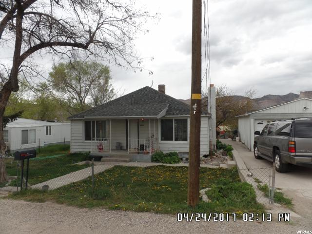 Additional photo for property listing at 1588 W 4100 N 1588 W 4100 N Spring Glen, Utah 84526 États-Unis