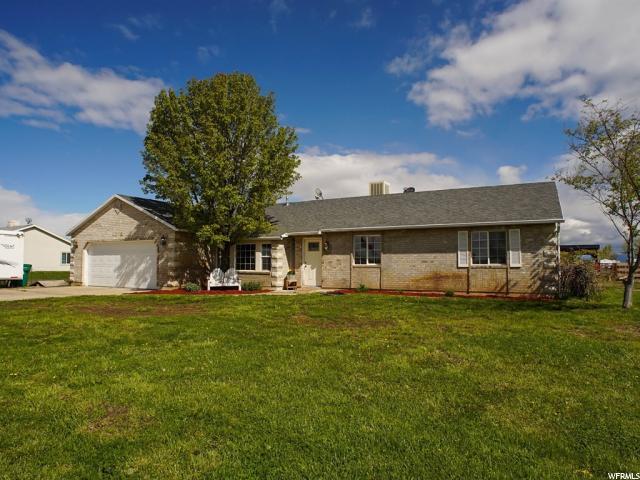 单亲家庭 为 销售 在 4608 W 1150 S West Weber, 犹他州 84401 美国
