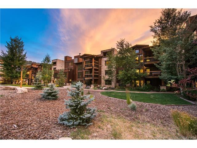 Appartement en copropriété pour l Vente à 2880 DEER VALLEY Drive 2880 DEER VALLEY Drive Unit: 6301 Deer Valley, Utah 84060 États-Unis