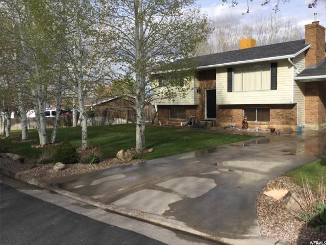 Unifamiliar por un Alquiler en 366 S 3240 W Vernal, Utah 84078 Estados Unidos