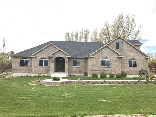 Один семья для того Продажа на 15580 N 5325 W Riverside, Юта 84334 Соединенные Штаты
