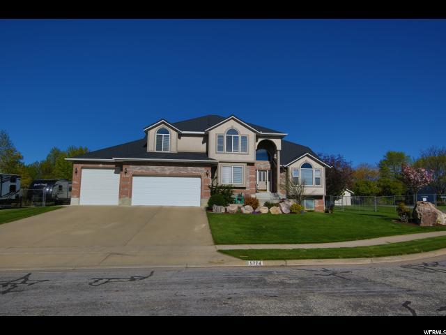 Один семья для того Продажа на 5774 S 3700 W Roy, Юта 84067 Соединенные Штаты