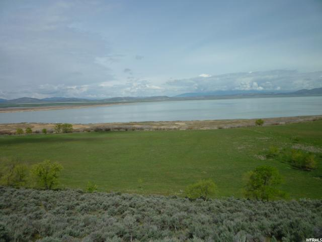 Additional photo for property listing at 725 W 2400 N Street 725 W 2400 N Street Genola, Utah 84655 États-Unis