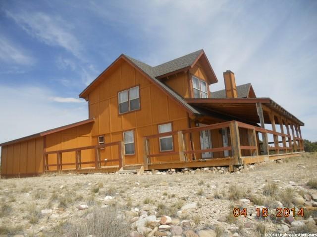 Single Family للـ Sale في 9911 S ANTELOPE XING 9911 S ANTELOPE XING Duchesne, Utah 84021 United States