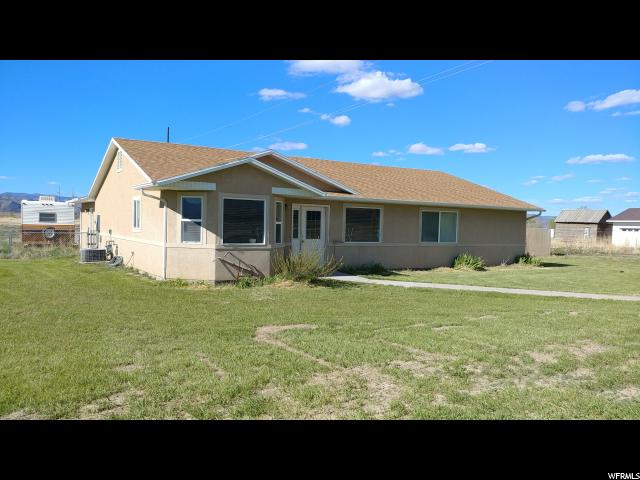 Single Family for Sale at 1051 E AUSTIN Drive Elsinore, Utah 84724 United States