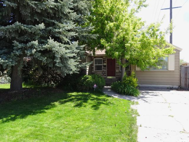 Home for sale at 1106 E Charlton Ave, Salt Lake City, UT 84106. Listed at 298500 with 3 bedrooms, 2 bathrooms and 1,666 total square feet