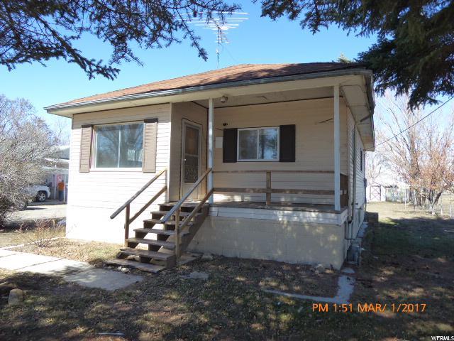 单亲家庭 为 销售 在 580 W 40 N Cleveland, 犹他州 84518 美国