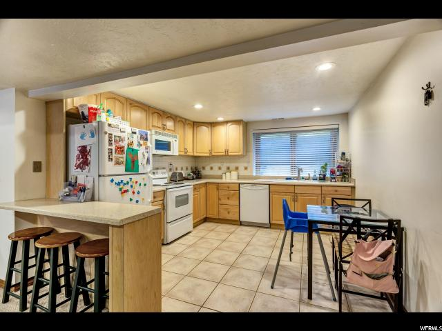 8176 S OLD COVENTRY CIR Cottonwood Heights, UT 84093 - MLS #: 1448532
