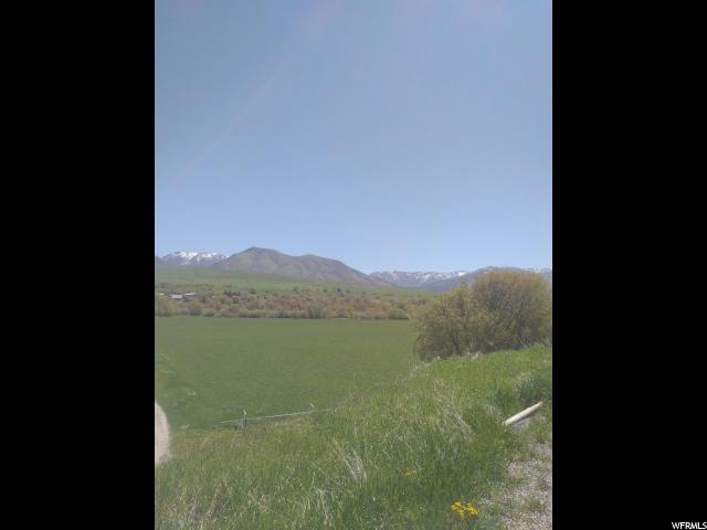 Additional photo for property listing at 96 W 10175 S 96 W 10175 S Paradise, Utah 84328 Estados Unidos