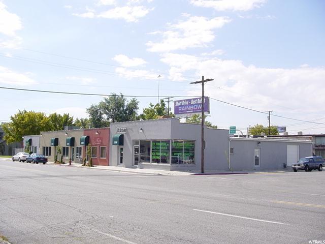 Commercial pour l Vente à 2358 S MAIN Street South Salt Lake, Utah 84115 États-Unis