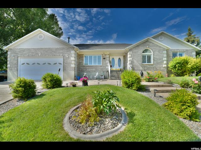 Single Family للـ Sale في 869 CANYON VIEW Drive Roosevelt, Utah 84066 United States