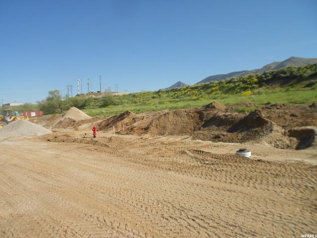 Additional photo for property listing at 633 S 900 E 633 S 900 E Brigham City, Utah 84302 Estados Unidos